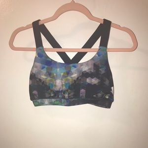 FOREVER 21 2PC GEOMETRIC PRINT WORKOUT OUTFIT